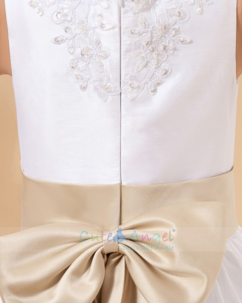 Amazing Hand Made Flower Bow A-line First Communion Dresses