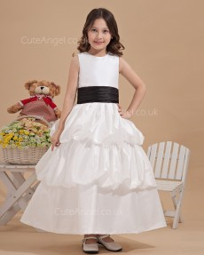 Fitted Girls Ivory Floor-length A-line First Communion / Flower Girl Dress